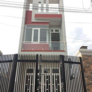 Bán nhà 3 tầng gần hội trường Đông Hòa Dĩ An - 01