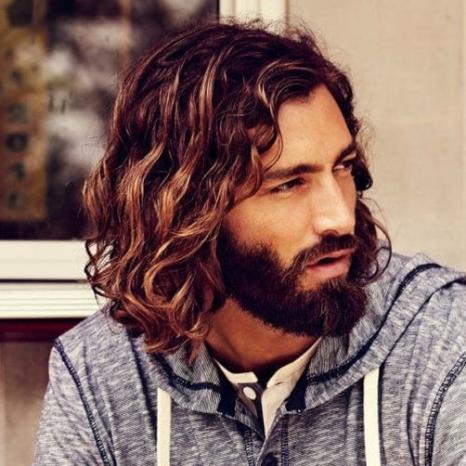 Xu hướng tóc nam đẹp nhất hiện nay - Hình 17