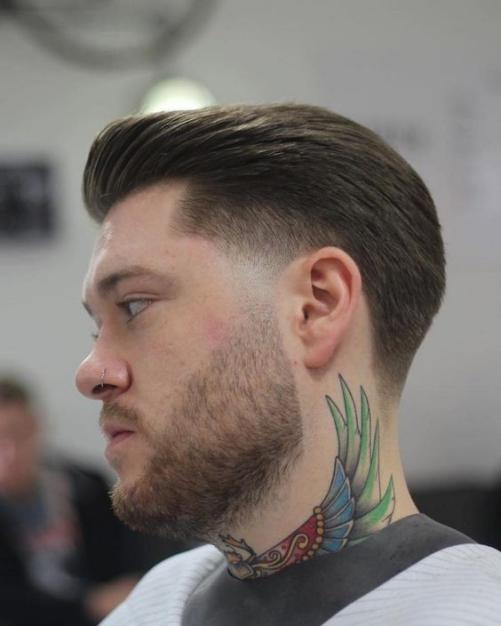 Style phong cách undercut ngắn đẹp cho nam cá tính mạnh mẽ.
