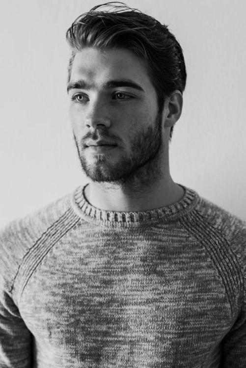 Chủ đề tạo kiểu tóc Undercut vuốt ngược cho nam mới nhất 2019