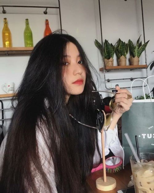 Phong cách tóc dài bồng bềnh đẹp cho nữ một cách tự nhiên
