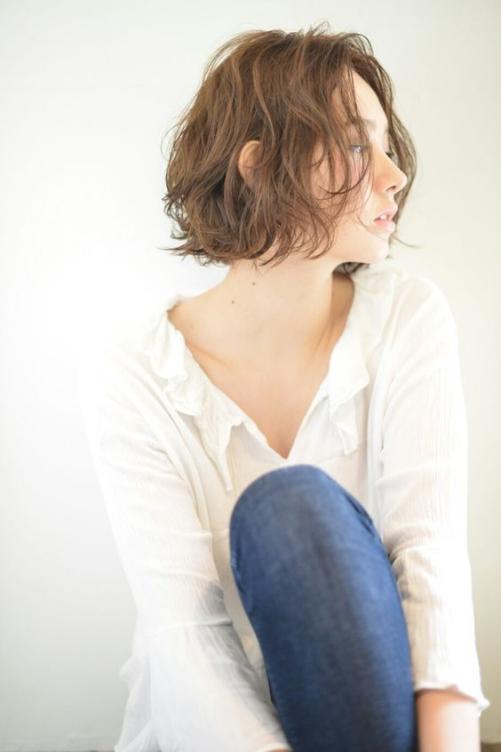Những mẫu tóc ngắn xoăn cho các bạn nữ sành điệu và trẻ trung