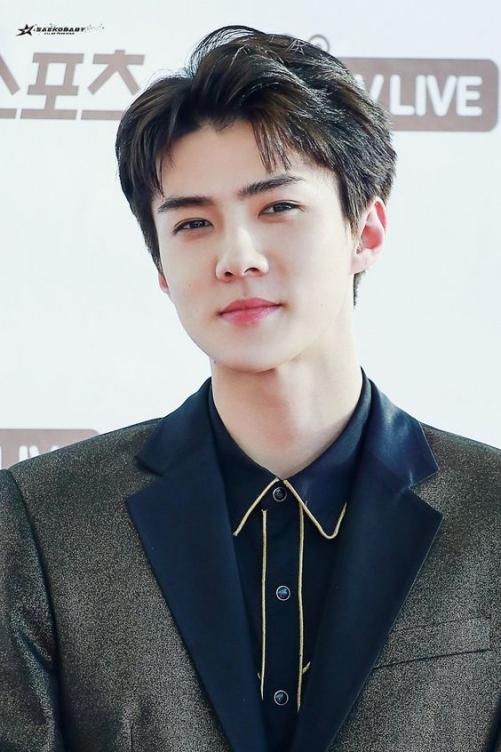 Những style tóc 2 mái nam đẹp như Hàn Quốc mang đến sự tự tin