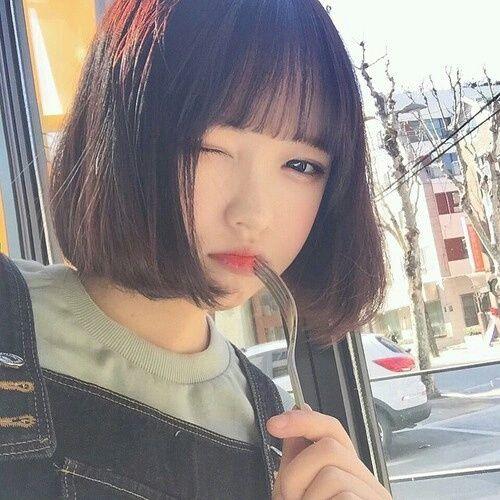 Phong trào tạo kiểu tóc đẹp cho nữ mặt tròn dễ thương nhất 2019