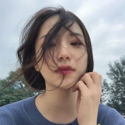 Tạo mẫu tóc Hàn Quốc nữ gương mặt mặt tròn