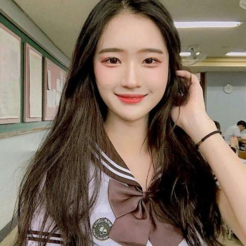 Phong cách tóc Hàn Quốc nữ mặt tròn mới nhất 2019