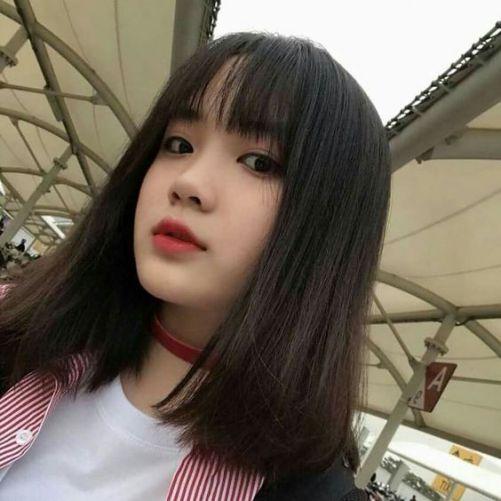 Những phong cách tóc nữ mái thưa cho mặt tròn đẹp như Hàn Quốc