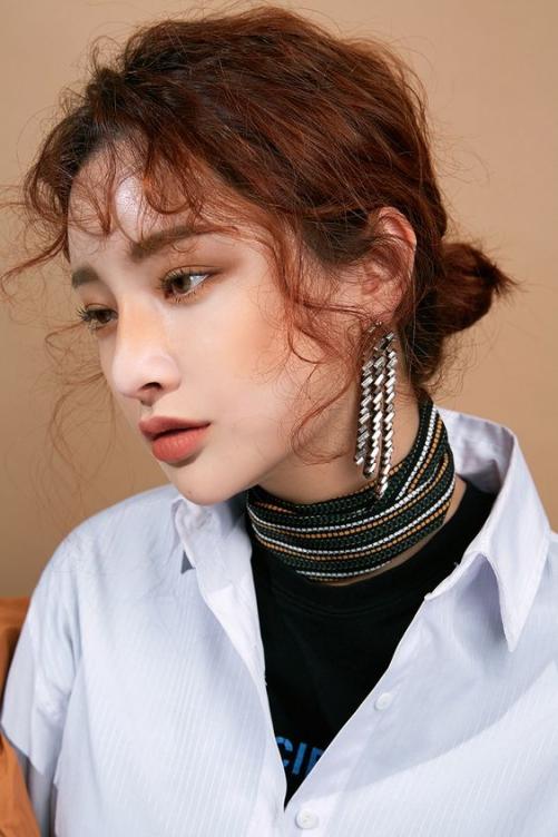 Chọn và lọc 5 kiểu tóc xoăn nhẹ nhàng cho nữ đang làm mưa làm gió tại Hàn Quốc