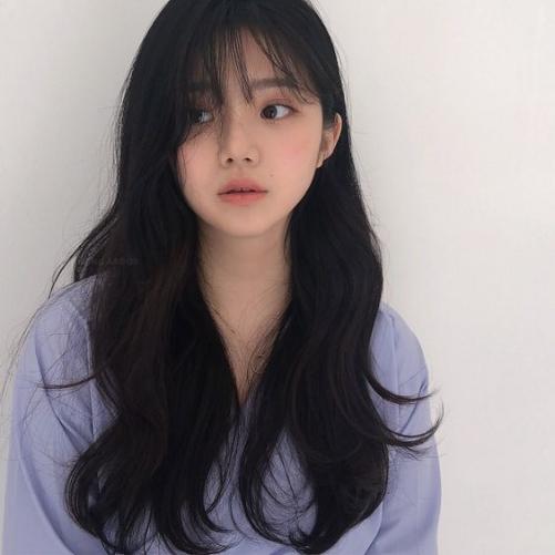 Tạo mẫu tóc nữ Hàn Quốc đẹp đang nắm bắt xu hướng