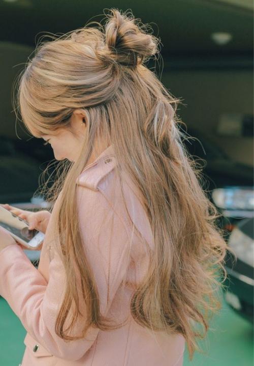 Những kiểu tóc nữ dài đẹp nắm bắt xu hướng ngày nay