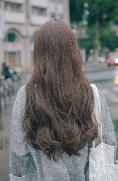 Hình ảnh tóc nữ dài đẹp gây sự thu hút nhất 2019