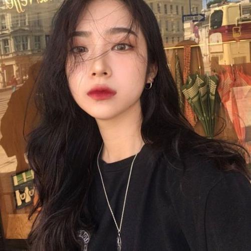 Cách tạo mẫu tóc Hàn Quốc cho phụ nữ đẹp quyến rũ