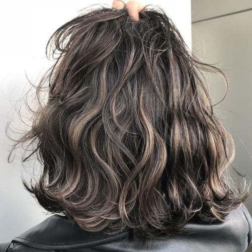 Cập nhật các kiểu tóc ngắn uốn xoăn đẹp nhẹ nhàng cho nữ mới nhất 2019