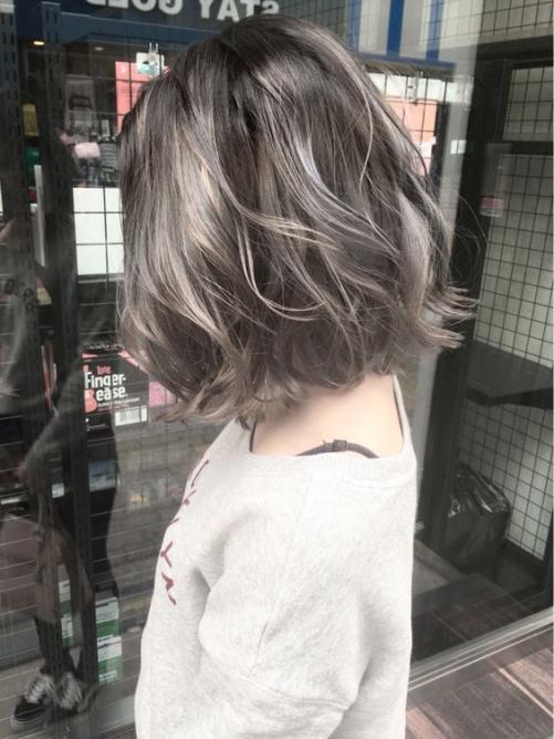5 Phong cách kiểu tóc ngắn uốn xoăn đẹp quyến rũ cho nữ năm 2019