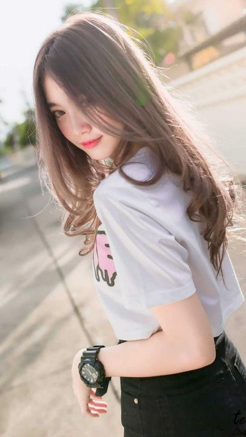 Sưu tầm tóc dài đẹp cho nữ được các bạn trẻ yêu thích