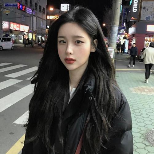 Xu hướng tóc dài đẹp cho nữ mới nhất