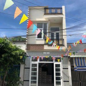 Bán căn nhà gần bến xe Tân Đông Hiệp dĩ an