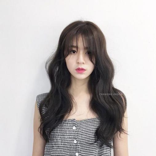 kiểu tóc dài mái thưa