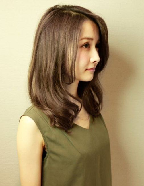 mẫu tóc dài cho mặt tròn