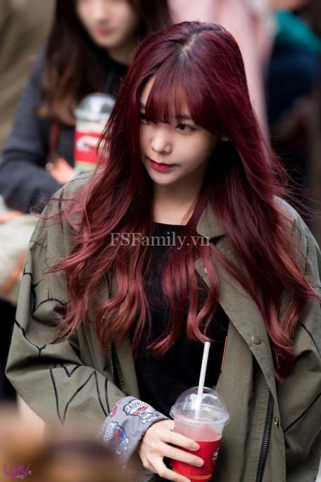 Tóc dài màu đỏ tím đẹp số 1