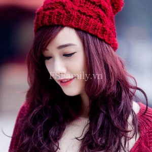 Kiểu tóc dài màu đỏ tím đẹp số 2