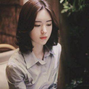 Kiểu tóc đẹp ngang vai không mái cho người mặt dài
