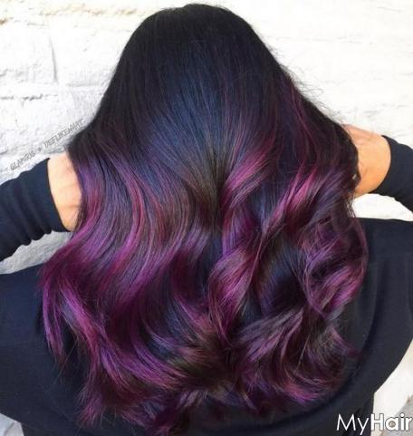 Kiểu tóc highlight màu đỏ tím đẹp nhất số 1