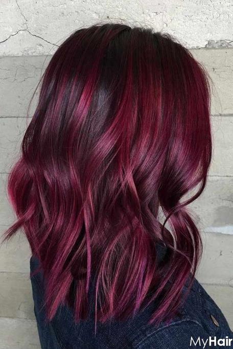 Cuốn hút với kiểu tóc highlight màu đỏ tím số 2