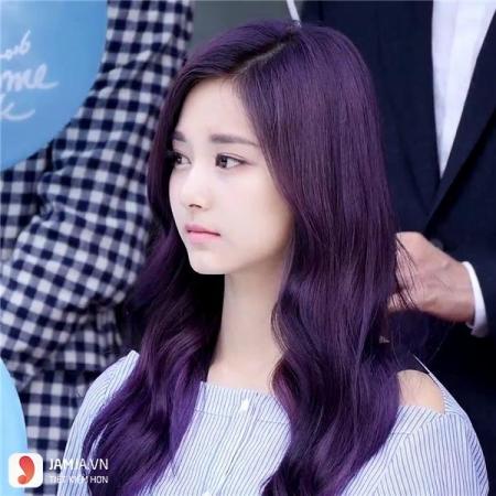 Kiểu tóc màu đỏ tím than số 2