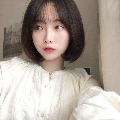 Xu hướng tóc ngắn ôm cổ đẹp nhất hiện nay