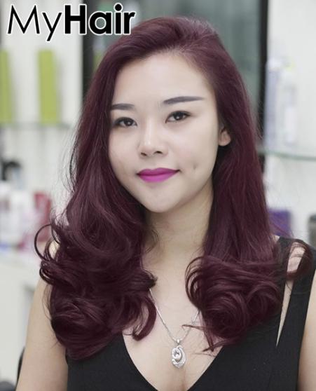 Cuốn hút với kiểu tóc xoăn màu đỏ tím số 2