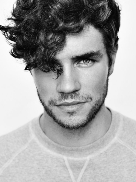 Best Curly Hairstyles + Haircuts For Men - H17